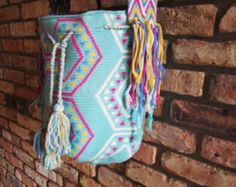 Handmade Large Multi-Colored Wayuu Mochila from Colombia (H043)