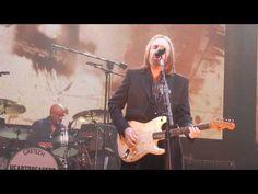 Tom Petty - Rockin' Around