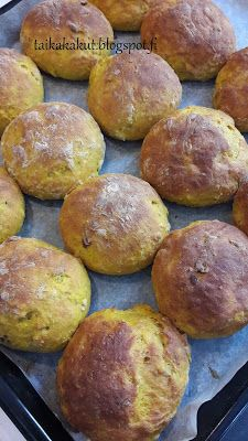 Bread Rolls, Pretzel Bites, Bread Recipes, Biscuits, Bakery, Food And Drink, Eat, Cooking, Desserts