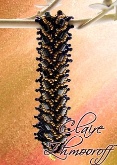 Free pattern for bracelet Black Mamba. (Part 1 of 3).  Materials:    seed beads 2  mm    cylinder beads 6 mm  - See more at: http://beadsmagic.com/?p=1633#more-1633