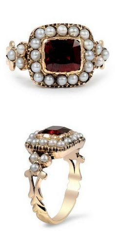 Garnet & Pearl Anneke Ring love it vintage Garnet Jewelry, Pearl Jewelry, Gold Jewelry, Jewelry Accessories, Fine Jewelry, Jewelry Design, Aquamarine Jewelry, Tiffany Jewelry, Jewellery