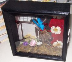 AlteReD ArT ShaDoW boX pEErinG through an by SauvageRavenCreation, $11.00