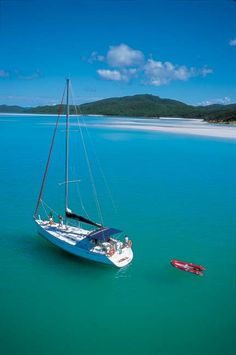 Sunsail yacht charter in the Whitsundays