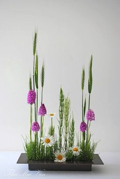 ikebana Field of wildflowers. I'm doing it. -KL