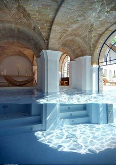 Indoor Swimming Pool Ideas - You want to build a Indoor swimming pool? Here are some Indoor Swimming Pool designs and ideas for you. Future House, Deco Design, Design Case, Spa Design, Design Hotel, Modern Design, Architecture Design, Water Architecture, Beautiful Architecture