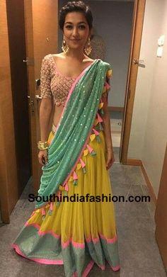 navratri-dandiya-dance-chaniya-choli