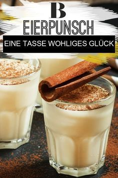 Eggnog - a cup full of Eierpunsch – eine Tasse voll wohligem Glück Eggnog – a cup of luck. Eggnog is the seasonal drink of winter – no wonder, because the punch is not only nice and creamy, but also has a real taste! You can find the best recipe here. Winter Drink, Winter Cocktails, Winter Food, Eggnog Rezept, Winter Coffee, Whiskey Drinks, Vegetable Drinks, Mets, Fall Desserts