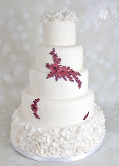 We produces delicious handmade and beautifully decorated cakes and confections for weddings, celebrations and events. Gypsophila, Handmade Wedding, Celebration Cakes, Celebrity Weddings, Heavenly, Cake Decorating, Wedding Cakes, Celebrities, Desserts