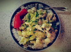 300kcal dinner: 220g cauliflower, 33g onions, 62g leek, 120g zucchini, 13g coconut oil, 50g cod a la salmon