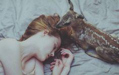 Dariaus pažadinta iš sapnų į pasaką, nuglostyta ir iškelta iš lovos, gal kiek negrakščiai, bet vistiek... Ačiū* 2014 11 20