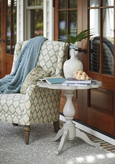 """Sweet """"piecrust"""" table in the new Paula Deen """"Dogwood"""" collection at Universal Furniture."""