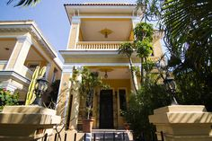 Check out this awesome listing on Airbnb: Colonial house 1923, two rooms in Vedado