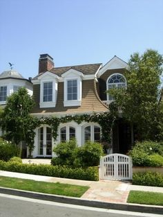 How can I make my house look like this?