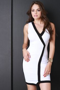 Contrast Trim V-Neck Asymmetrical Hem Dress Beautiful Models, Beautiful People, Beautiful Eyes, Cute Brunette, Ivory Dresses, Mode Style, Women's Fashion Dresses, Bodycon Dress, Dresses For Work