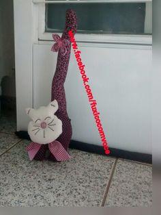 Peso de porta gatinho. www.facebook.com/fuxico.comvoce