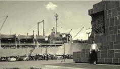 Cumhuriyet Meydanı- Gemiler kore kafilesini taşıyor