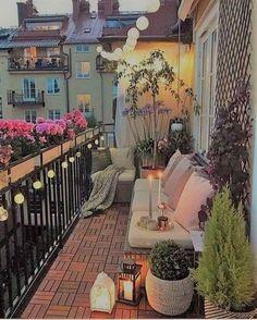 I love the little lantern lights. - Balkon Deko Ideen - Balcony Decor lights I love the little lantern lights. Small Balcony Design, Tiny Balcony, Small Balcony Decor, Outdoor Balcony, Small Patio, Outdoor Spaces, Outdoor Living, Balcony Ideas, Small Balconies