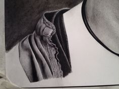 Clothing details in pencil