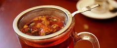 Tutaj znajdziesz przepis na niesamowitą pieczoną herbatę. To nie jest zwykła herbata. Wystarczy tylko kilka owoców. Gorąco polecamy! Chana Masala, Chili, Roast, Soup, Tea, Ethnic Recipes, Chile, Roasts, Chilis