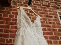 Maggie Sottero and Midgley wedding dress. Photo by Stolen Glimpses, Seattle Wedding Photographers