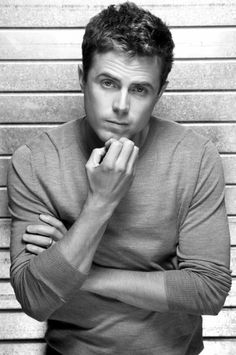 All I know is Casey Affleck is one of the most gorgeous men ever. Ben And Casey Affleck, Ben Affleck, Gorgeous Men, Beautiful People, Beautiful Film, Perfect People, Pretty Men, Pretty Girls, Black And White