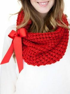 Red Knit Cowl <3 @Jessica Bachelor Can you?