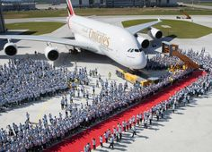 Airbus - Kontrapunkt stages the first delivery of an A380 to an airline