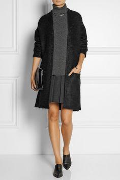 Black wool-blend bouclé Slips on 75% wool, 18% mohair, 7% polyamide Dry clean