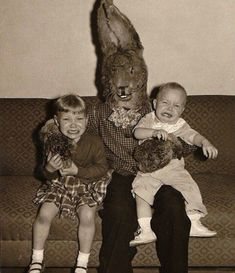 Mummenschanz – Evil Things Lurking Behind Funny Masks