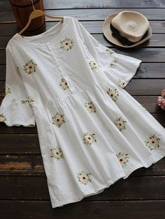 Buy cloth for top over jeans Stylish Dresses, Casual Dresses, Summer Dresses, Kurta Designs Women, Blouse Designs, Mode Outfits, Chic Outfits, Modest Fashion, Fashion Dresses