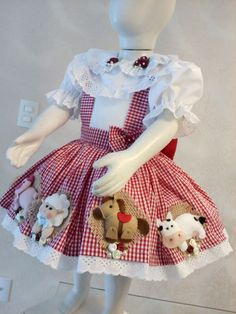 Pretty Little Dress, Little Dresses, Dior Kids, Doll Making Tutorials, Baby Couture, Farm Party, Girls Wardrobe, Easy Sewing Projects, Embroidery Dress