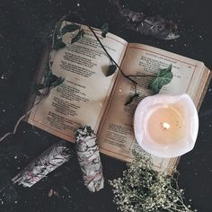 Photography aesthetic witches 43 New ideas Wiccan, Witchcraft, Dark Fantasy, Fantasy Life, Forest Book, Fairy Tale Forest, Book Photography, Photography Aesthetic, Product Photography