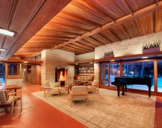 An Architect Breathes New Life into a Family's Frank Lloyd Wright Hous Photos | Architectural Digest
