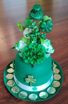St. Patrick's Day Centerpiece St Patricks Day Crafts For Kids, St Patrick's Day Crafts, Holiday Crafts, San Patrick Day, St. Patrick's Day Diy, St Patrick's Day Decorations, St Paddys Day, Diy Centerpieces, Centrepieces