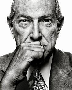 "Oscar de la Renta 1932-2014 ""The qualities I most admire in women are confidence and kindness."""