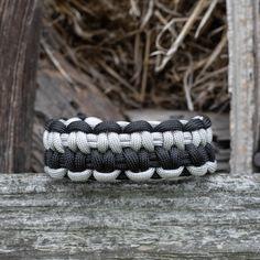 Survival paracord bracelet for men women, Braided two-colored bracelet, Outdoor bracelet Paracord Bracelets, Bracelets For Men, Great Gifts For Men, Colorful Bracelets, Pouch Bag, Men And Women, Bracelet Making, Bones, Braids