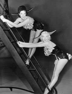 Jane Russell and Marilyn Monroe on the set of Gentlemen Prefer Blondes, 1952.