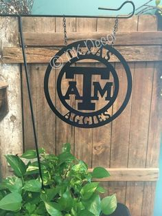 PK Decor offers a large variety of door hangers and acm metal monogram decor. We make decorating your front door or gift giving easy with lots of home decor! Flag Signs, Door Signs, Painting For Kids, Painting On Wood, Texas A&m Logo, Logo Garden, Custom Metal, Paint Party, Garden Flags
