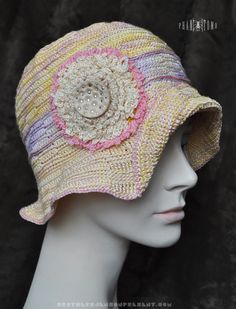 A Cloche for Women That Can Collapse – phantomoshop.com