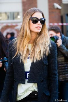Doutzen Kroes with street styked undone, tousled hair