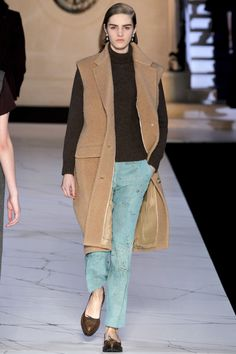 Rochas Fall 2013 Ready-to-Wear Fashion Show