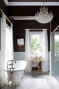20 Gorgeous Oversized Entrance Mirror Ideas