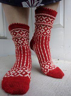 Ravelry: Winterfell Socks pattern by KnittyMelissa