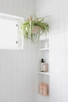 Banheiros Charmosos - Estilo Próprio by Sir como decorar banheiro, ideias de decor Bathroom Inspo, Bathroom Styling, Bathroom Inspiration, Modern Bathroom, Small Bathroom, Bathroom Ideas, Design Bathroom, Bathroom Signs, Bathroom Art