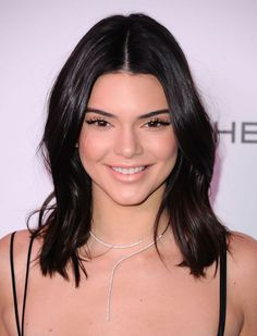 Gorgeous Kendall Jenner :) Celebrity Smiles, Celebrity Film, Celebrity Red Carpet, Kendall Jenner Nails, Kendall And Kylie Jenner, Kardashian Jenner, Soft Makeup Looks, Thing 1, Jenner Sisters