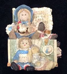 """1996 San Francisco Music Box Company Toy Box Dolls """"That's What Friends Are For"""""""