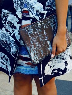 Italian blogger Yasmin Yeara of @thehippienerd artistically accessorizes with our photographic marble shoulder bag. #HMOOTD