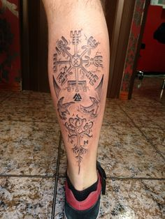 Tatuagem - Tatuagem You are in the right place about Tatuagem Tattoo Design And Style Galleries On The Net – - Viking Tattoo Symbol, Norse Tattoo, Viking Tattoo Design, Axe Tattoo, Armor Tattoo, Arm Band Tattoo, Tattoo Ink, Mini Tattoos, Leg Tattoos