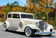 1925 Buick 29-57 via doyoulikevintage   The Classic Car Feed - Classic and antique cars   doyoulikevintage December 2014