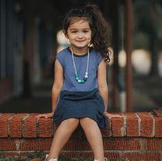 Cute Small Girl, Cute Baby Girl Pictures, Cute Baby Boy, Cute Little Girls, Cute Kids, Beautiful Children, Beautiful Babies, Cute Baby Girl Wallpaper, Cute Babies Photography